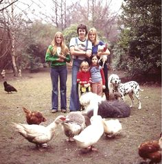 Portrait of Paul McCartney and his wife Linda with their daughters Heather, Stella and Mary, April 4, 1976 photo credit: David Montgomery