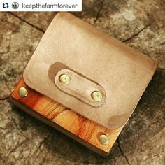 Wood and leather coin purse Card Case, Sunglasses Case, Coins, Coin Purse, Purses, Wallet, Wood, Leather, Handbags