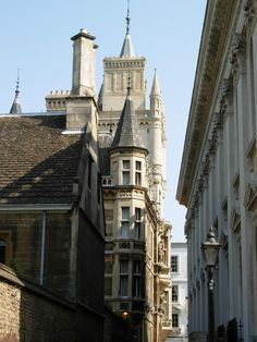 The architecture of Cambridge, England; just another mediaeval dreamscape of a city in Britain. (image by Thomas Moore