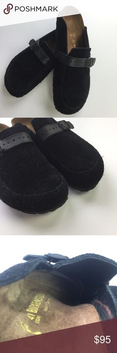 Birkenstock Eaton Black Suede Clogs - Hard-to-Find Birkenstock Eaton clogs. Black suede (note: suede used in the Eaton clogs is different from the suede used in the more popular Boston clogs..  suede used on these clogs is coarser and fuzzier.. & easier to clean!). EU 41, Ladies size 10, men's size 8. Birkenstock 135033 style#. Clogs were worn for 1 weekend only (I bought them without trying them on & they were too big for me). Excellent condition. Please note sticker outline (not at all…