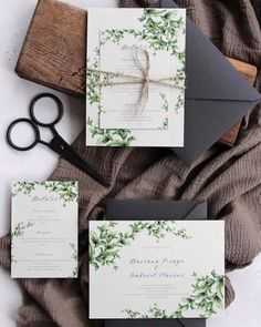 Greenery wedding invitation with watercolor branches, twine and handmade envelope / © PAPIRA invitatii de nunta personalizate