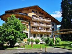 Das Hotel Ribno begrüßt Sie in der malerischen Ortschaft Ribno nur 2,5 km vom Zentrum von Bled entfernt. Booking Com, Das Hotel, Restaurant, Cabin, Mansions, House Styles, Home Decor, Centre, Decoration Home