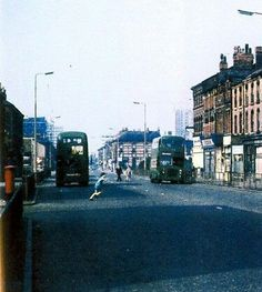 love tose old buses liverpool had their own coachworks that made the panels for the old Liverpool Town, Liverpool History, Liverpool England, Cover Photos, Old Photos, 1960s Britain, New Brighton, Travel Memories, Historical Pictures