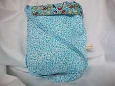 handmade by wendy pic 2. this bag is reversible and you can alter the height
