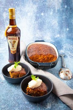 Malva Pudding - a traditional South African dessert recipe with Amarula - Louise Halgryn - African Food South African Desserts, South African Dishes, South African Recipes, Chia Pudding, Malva Pudding, Texas Chili, Instant Pudding, Cheesecake Recipes, Dessert Recipes