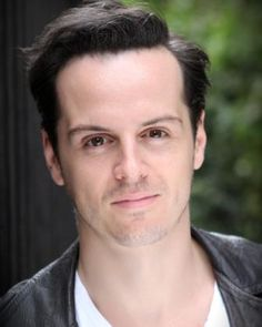 I feel like I almost *shouldn't* find him attractive, but I kinda do...I guess if I think of him as Richard Brooks and not Jim Moriarty?<< don't worry we all find moriarty attractive even though we don't want to we still do