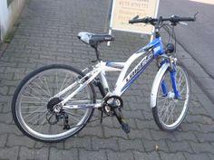 Gabel gefedert mit Nabendynamowir haben gute gebrauchte fahrraeder mit guter qualität, zuverlässig und preisgünstig.vorbeikommen, probe fahren oder online bestellenMit Seitenständer Beleuchtung u ReflektorElektrofahrradverleih 25 € am TagFahrradverleih 10 € am TagFahrräder bei Fahrradverleih hinbringen u. abholen ab 50 €Fahrradankauf - FahrradverkaufNeu-Fahrräder auf Anfrage.Von 10 - 18 Uhr geöffnetDraiser Str. 955128 Mainz06131 3661610175 4791772Fahrrad14 SkypeFahrradversand0152 04750263…