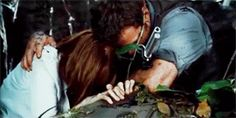 Jurassic World deleted scene- yes, stroking each other tenderly is very necessary to the surviving of dinosaur attacks :) I see you, Claire and Owen #Clawen