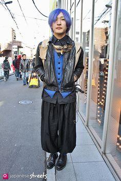 100105-6597-EK: - Japanese street fashion in Harajuku, Tokyo