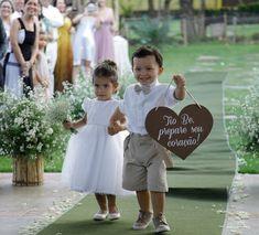 My Perfect Wedding, Wedding With Kids, Wedding Pics, Dream Wedding, Minimalist Wedding, Wedding Planner, Marie, Wedding Decorations, Flower Girl Dresses