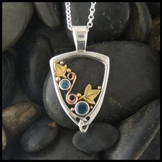 Celtic Pendant in Silver & Gold | Walker Metalsmiths Celtic Jewelry