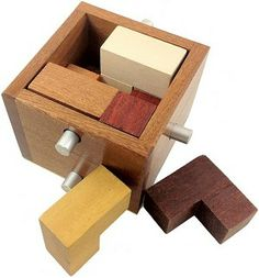 Nagelbox 30 - Wooden Packing Problem Puzzle