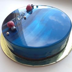 Mirror marble cakes: Baker Olga makes strangely satisfying desserts   Metro News