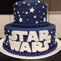 39+ Ideias de Bolo Star Wars > Sensacionais #BoloStarWars #Bolo #StarWars #FestaStarWars Bolo Star Wars, Star Wars Cake, Thomas Birthday, Birthday Cake, Butterfly Wallpaper, Cake Decorating, Party Ideas, Desserts, Round Cakes