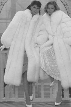 e5627dc2 White Fox Fur Coats! Hollywood Style, Hollywood Fashion, Stylish Winter  Coats, White