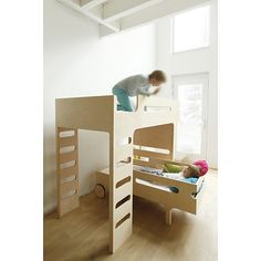 F & R bed designed by Agata Seredy for Refa-kids