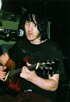 Elliott photos from 2002 Tortured Soul, Sweet Soul, Adore You, The Beatles, Famous People, Cool Photos, Crushes, Husband, Singer