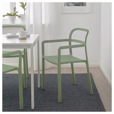 YPPERLIG Armchair, in/outdoor IKEA Durable and hard-wearing. Meets the requirements on furniture for public use. Balcony Chairs, Balcony Furniture, Living Room Furniture Layout, Cafe Chairs, Dining Room Chairs, Outdoor Chairs, Home Furniture, Ikea Ypperlig, Green Armchair