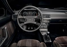 Audi Quattro, interior with analogue clocks and the cable activated diffs Audi Interior, Interior Balcony, Interior Design, Audi Quattro, Audi 200, Audi Cars, Performance Cars, My Dream Car, Dream Cars