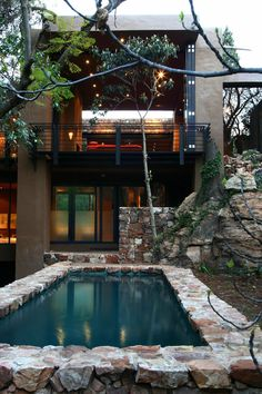 """South African architectural firm Slee & Co Architects have created the Treehouse in Johannesburg, South Africa. Despite being located in the suburbs of Johannesburg, this contemporary home provides an idyllic and private atmosphere on top of a cliff.               Treehouse by Slee & Co Architects: """"A treetop house on the edge of a cliff; a forgotten house, in one of Johannesburg's oldest suburbs, was transformed for modern living. A sanctuary in the middle of the city. A solid cliff-like…"""
