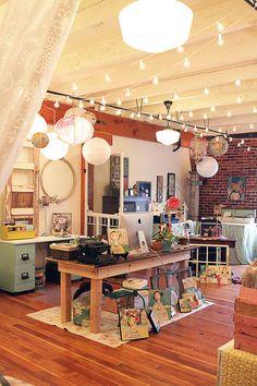 Want this studio! Kelly Rae Roberts & her studio were featured in the Nov/Dec/Jan issue of Where Women Create Studio Apartment Design, Art Studio Design, Studio Apartments, Studio Spaces, Art Studio Decor, Art Spaces, Home Art Studios, Art Studio At Home, Craft Studios