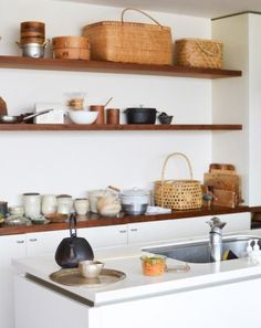 Open shelving makes a sweet addition to any room! Shop our shelves and brackets to get a look like this! Kitchen Interior, Kitchen Inspirations, Cafe Interior, Kitchen Remodel, Kitchen Dining Room, Kitchen Dining, Home Kitchens, Tiny Kitchen, Japanese Kitchen