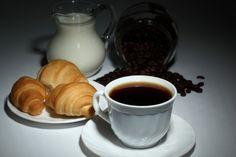 Saucers, Black Background, Croissants, Croissant
