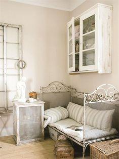 Looks Vintage, Vintage Shabby Chic, Vintage Decor, French Vintage, Rustic Decor, Design Furniture, Plywood Furniture, Chair Design, Modern Furniture
