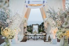 All white wedding theme. All-white decor. Wedding Bible, White Wedding Decorations, All White Wedding, Dream Party, Event Planning Tips, Floral Event Design, Bridal Beauty, Luxury Wedding, Real Weddings