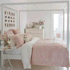 Si estás buscando ideas y fotos para inspirarte en la decoración de habitaciones juveniles modernas, descubre esta gran selección de imágenes y consejos.