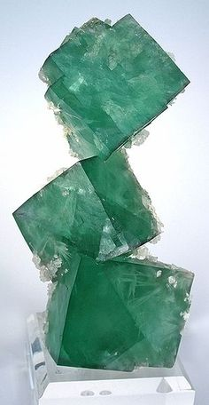 Aragonite, Fluorite. Russia. (green, crystal, gemstone, mineral)