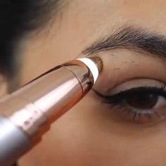 Beauty Skin, Hair Beauty, Eyebrow Beauty, Beauty Makeup, Eyebrow Trimmer, Perfect Eyebrows, Thicker Eyebrows, Unwanted Hair, Tips Belleza