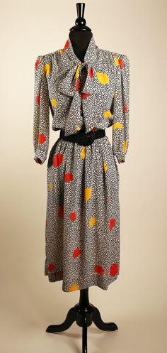 Vintage 1970's Henry Lee Dress /Memphis,  Keith Haring style Print / Kitten Bow / Midi Length / Retro Corporate Work-wear