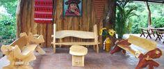 Hostal Monte Verde.- Clima fresco, fauna y flora muy variada y abundante, platillos exquisitos, carne de Avestruz, mini zoológico. Santa Ana.