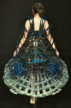 WOW!!! Yiqing Yin Couture F/W 2012
