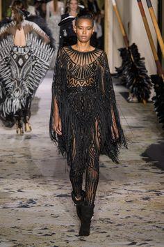 Zuhair Murad at Couture Spring 2018 - Runway Photos