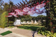 Looking for Upside down hanging umbrellas in entrance decor? Browse of latest bridal photos, lehenga & jewelry designs, decor ideas, etc. Indian Wedding Planning, Big Fat Indian Wedding, Wedding Planning Websites, Umbrella Decorations, Wedding Flower Decorations, Wedding Flowers, Monsoon Wedding, Backdrop Design, Backdrop Ideas
