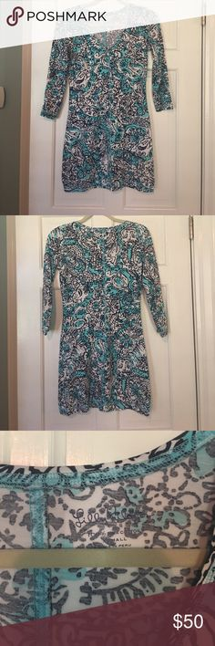 🌴Lilly Pulitzer T-Shirt Dress🌴 Super comfortable!! Little bit on the short side of you like something longer. Great for casual occasions!! Lilly Pulitzer Dresses Mini