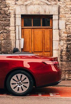 Opening new doors every day: the Mercedes-Benz E-Class Cabriolet. 📸 Julian Morris (www.de) via New Mercedes, Mercedes Benz Cars, New E Class, Julian Morris, Daimler Benz, Benz E, Future Car, Exotic Cars, Cool Cars