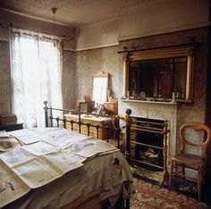 Susan's bedroom (View of the Parents' Bedroom in Mr Straw's House, National Trust)