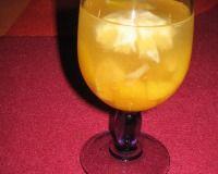 Recettes de sangria blanche au Champagne : les recettes les mieux notées proposées par les internautes et approuvées par les chefs de 750g.