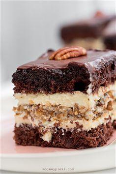 Marysieńka Cake - I have unfinished business in Poland Polish Desserts, Polish Recipes, Bakery Recipes, Dessert Recipes, Mini Cakes, Cupcake Cakes, How Sweet Eats, Dessert Bars, Sweet Recipes