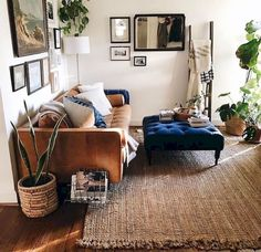 Novel Small Living Room Design and Decor Ideas that Aren't Cramped - Di Home Design My Living Room, Home And Living, Living Spaces, Modern Living, Minimalist Living, Living Room Decor Boho, Living Room Ideas Tan Couch, Brown Room Decor, Cozy Bedroom Decor