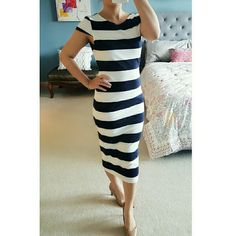 Zara Navy & White Striped Midi Dress Beautiful cotton dress with navy and white stripes, below knee length, cap sleeves. Deep neckline in the back. Zara Dresses Midi