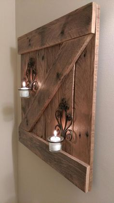 Rustic Reclaimed Wood Barn Door Wall Hanging - Wood Ideas - Rustic Reclaimed Wooden Barn Door Wall Hanging Rustic Reclaimed Wooden Barn Door Wall Hanging The p - Reclaimed Wood Projects, Diy Pallet Projects, Woodworking Projects, Reclaimed Wood Walls, Pallet Lamp Ideas, Pallet Ideas For Walls, Pallet Decorations, 1x4 Wood, Diy Projects On A Budget