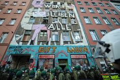 Police cleare one of Berlin's last squats at Brunnenstrasse 183rd, 2009