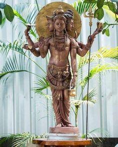 Shiva Hindu, Shiva Shakti, Hindu Deities, Hindu Art, Radha Krishna Pictures, Krishna Art, Hindu Worship, Ganesh Photo, Saraswati Goddess
