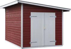 Torsbo 8,6 N Ett förråd i funkisstil med färdiga väggsektioner av liggande panel och en oisolerad dubbeldörr som gör det möjligt att få en bred öppning när detta behövs.