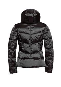 #KUMIKO GB03-10-173 gb0310173 #900 #Black #skijacket #skiwear #luxurysportswear #Goldbergh #GB #ski #snowwear #skifashion #blackskijacket #skijacketblack