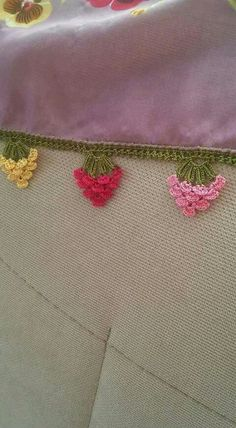 Embroidery Stitches, Embroidery Patterns, Hand Embroidery, Sewing Patterns, Crochet Lace Edging, Crochet Borders, Saree Tassels, Crochet Projects, Diy And Crafts